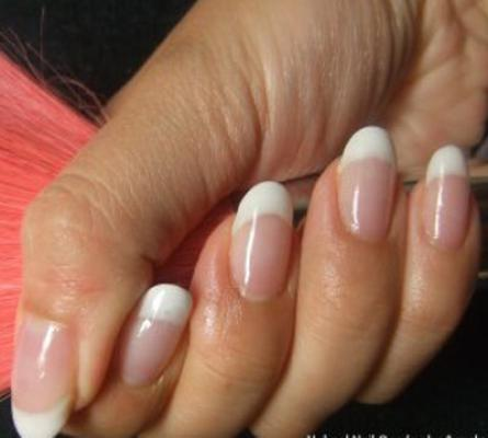 Oval Nails Convey A Feminine Classic Look For Someone With Short Small Hands Can Create The Illusion Of Longer Fingers Says Pink