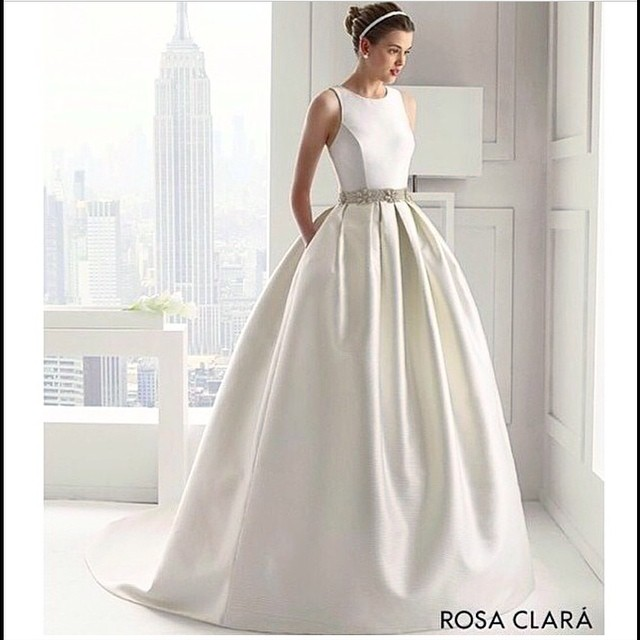 Wedding Gowns For Petite Figures: How To Find The Perfect Wedding Dress For Your Body Type