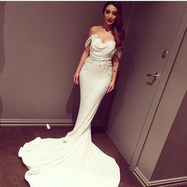 Wedding Dresses For Petite Bodies : To find the perfect wedding dress for your body type petite