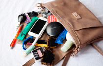 What Every Lady Should Have In Her Purse on a Night Out