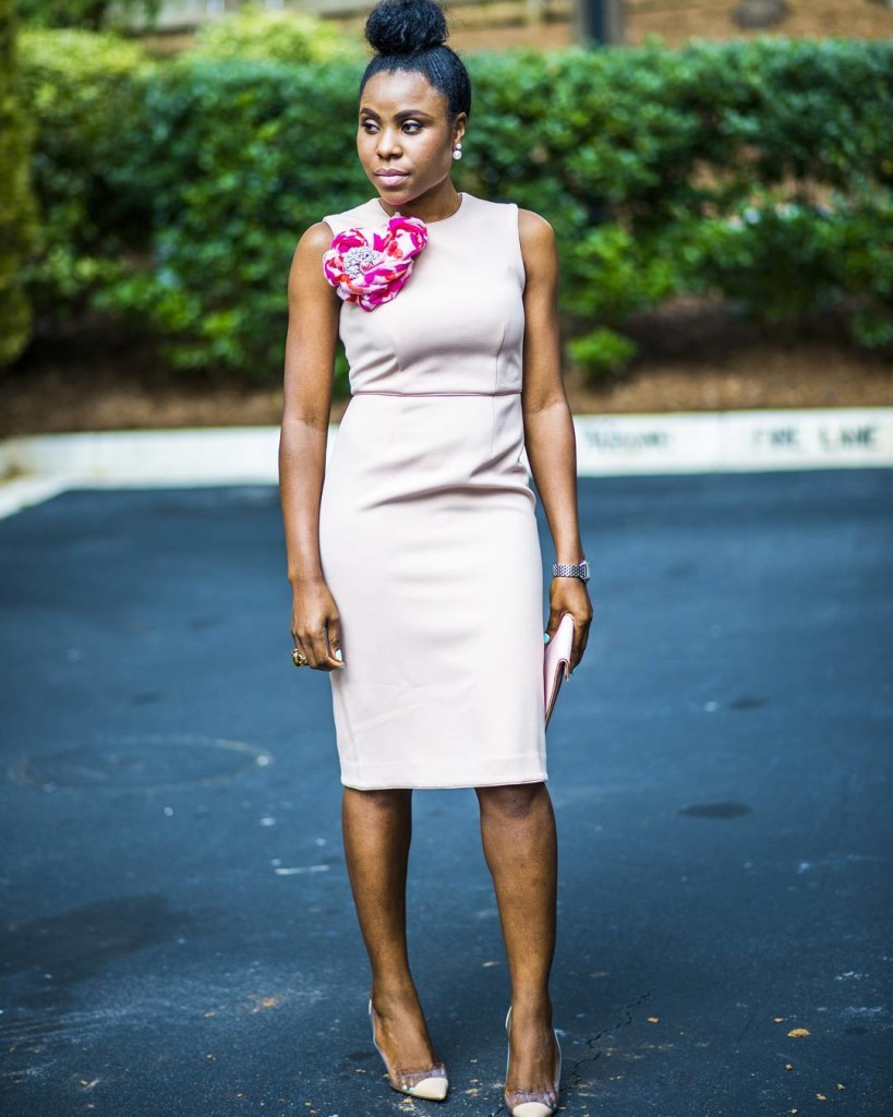 Look 4: @titispassion stays fly in her dress and makes it look more playful by adding a colourful brooch