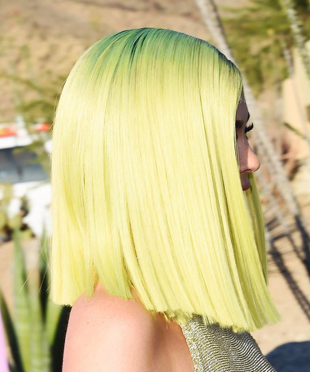 kylie jenner's neon hair colour