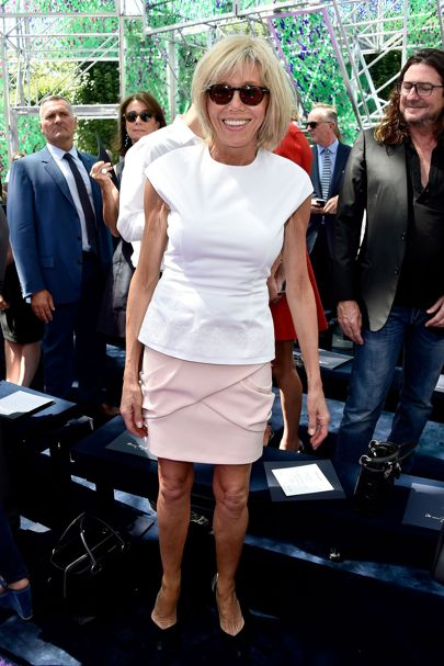 Meet Brigitte Macron The 64 Year Old Wife Of The 39 Year