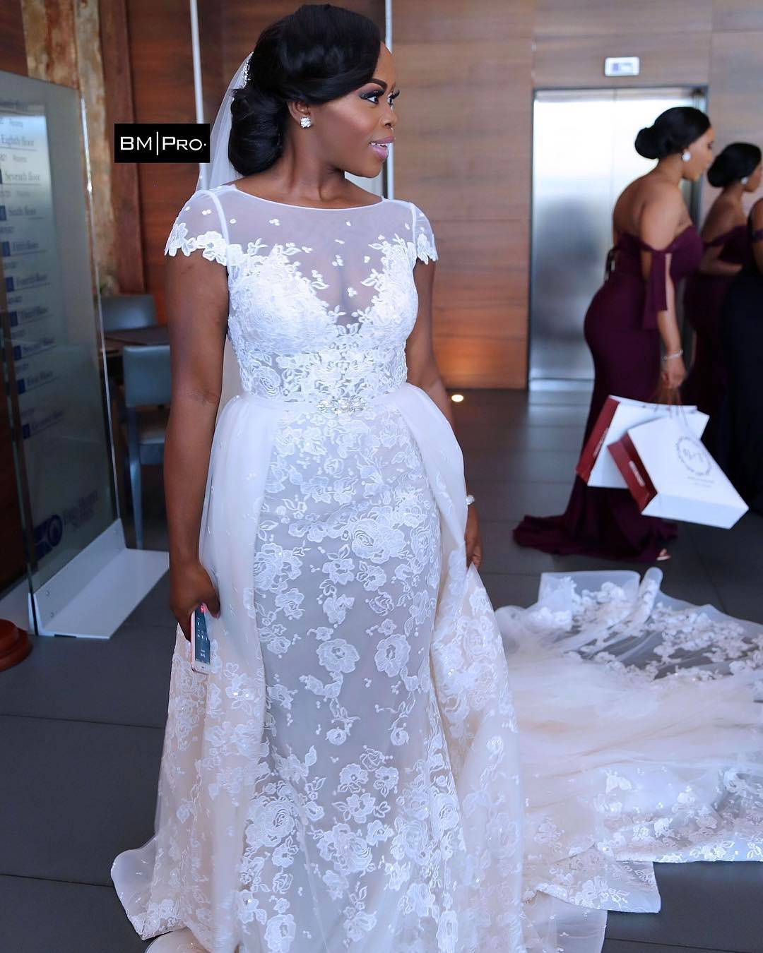 overskirt8 - Bridal Overskirts Are The Latest Bridal Trend Now