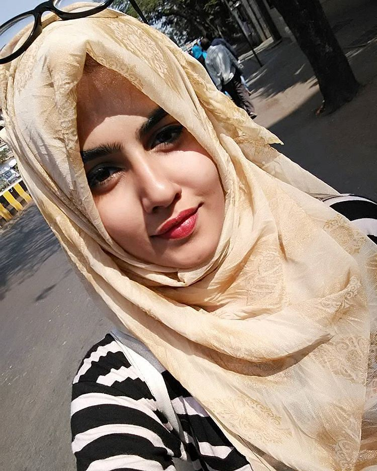 hijab styles Hijab is worn by muslim women to cover their heads it shows the modest and decent nature of women girls who wear hijab are confident enough about their beauty and don't need further ornaments to show their attractiveness.