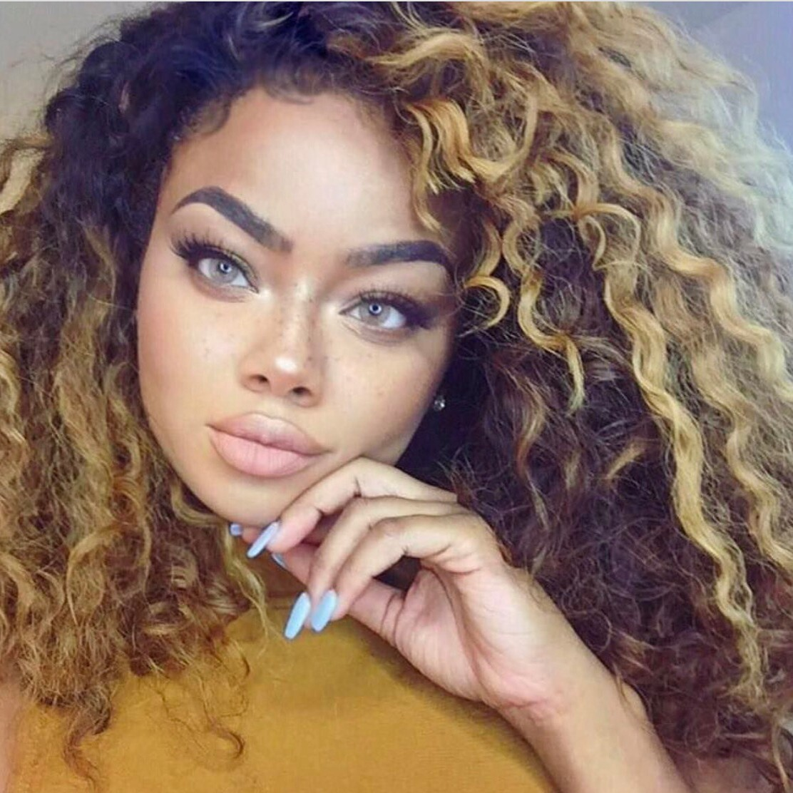 Hair Different colors for women forecasting to wear for autumn in 2019